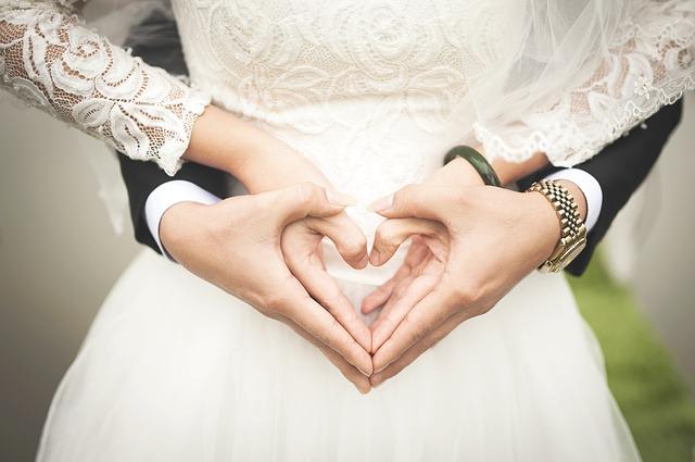 婚姻届に必要なもの|婚姻届の出し方